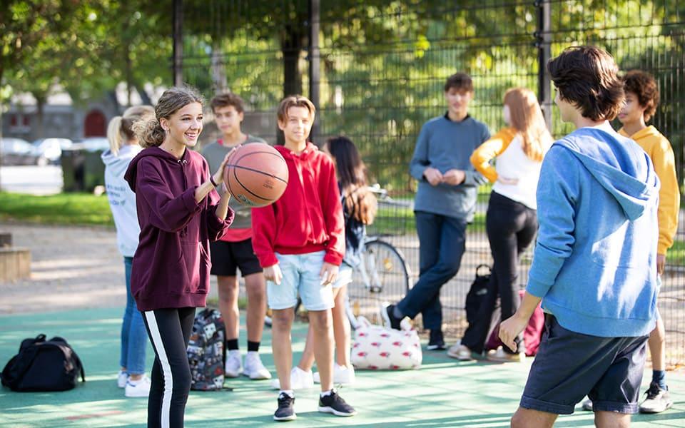 deaf girls playing basketball