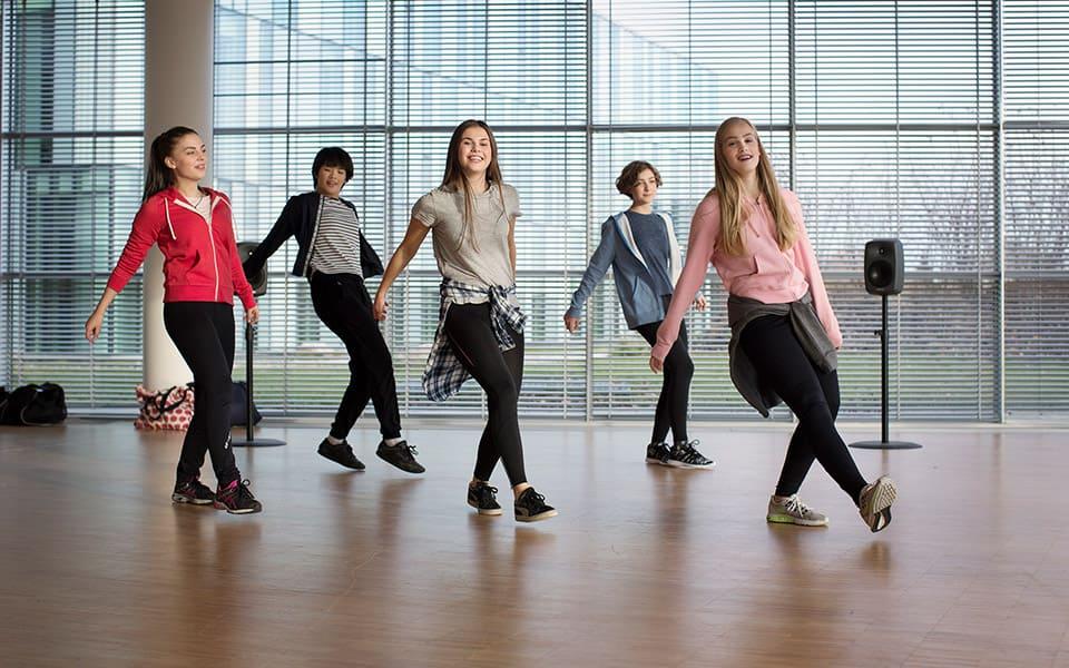 deaf girls dance